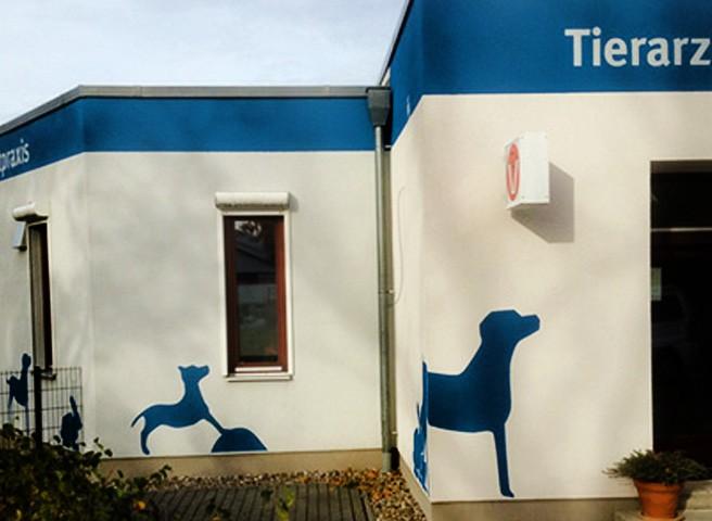 Kwast - Fassadenmalerei - Tierarztpraxis
