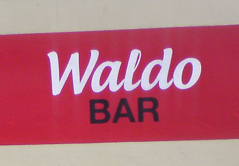 Kwast - Fassadenmalerei - Waldo-Bar