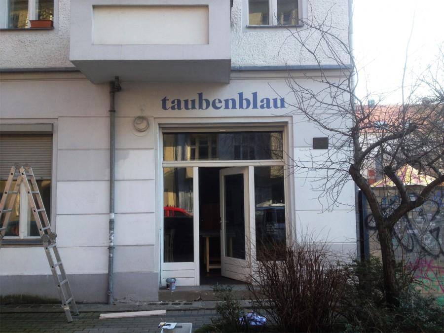 Fassadenmalerei-Taubenblau